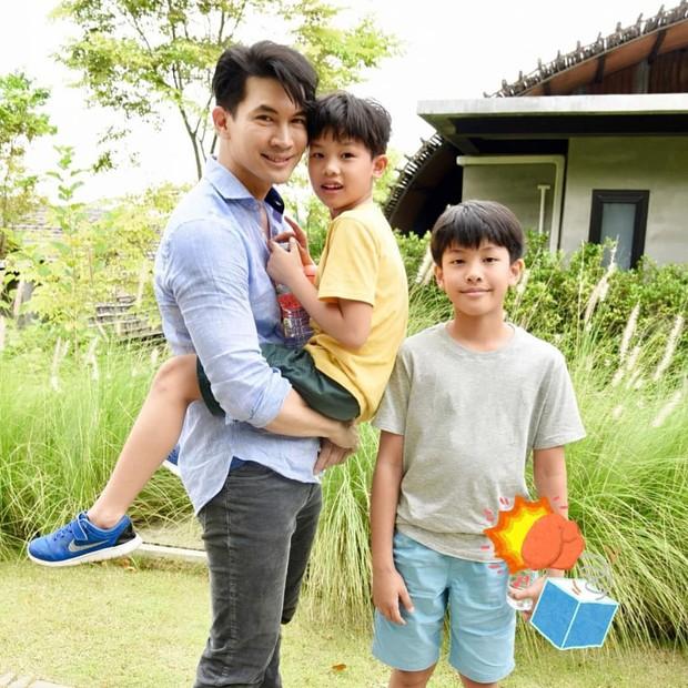 Tan nát cõi lòng trước 7 nam thần Thái Lan thành phi công trẻ: Mike Angelo gây sốc vì chưa lấy vợ đã có con - Ảnh 11.