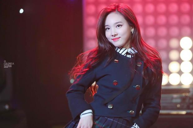 Sau Jennie (BlackPink), nữ idol nào của Big3 được trông đợi sẽ có sân khấu debut solo ấn tượng? - Ảnh 5.