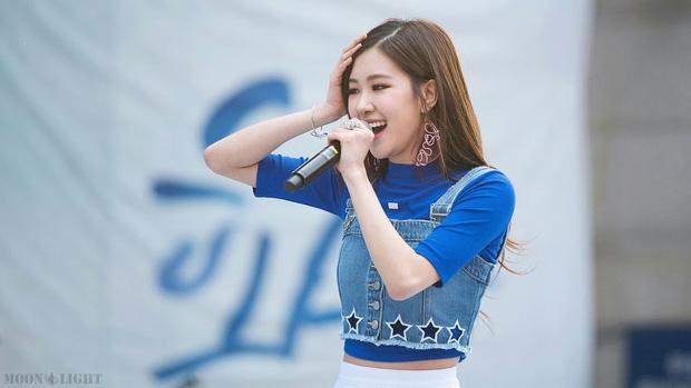 Sau Jennie (BlackPink), nữ idol nào của Big3 được trông đợi sẽ có sân khấu debut solo ấn tượng? - Ảnh 7.