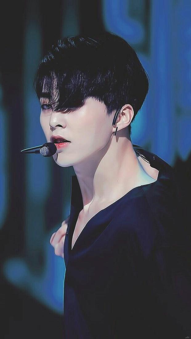 Nhìn những nam idol Kpop một thời mặt búng ra sữa lột xác ngoạn mục, cánh mày râu sẽ có thêm nhiều động lực - Ảnh 20.