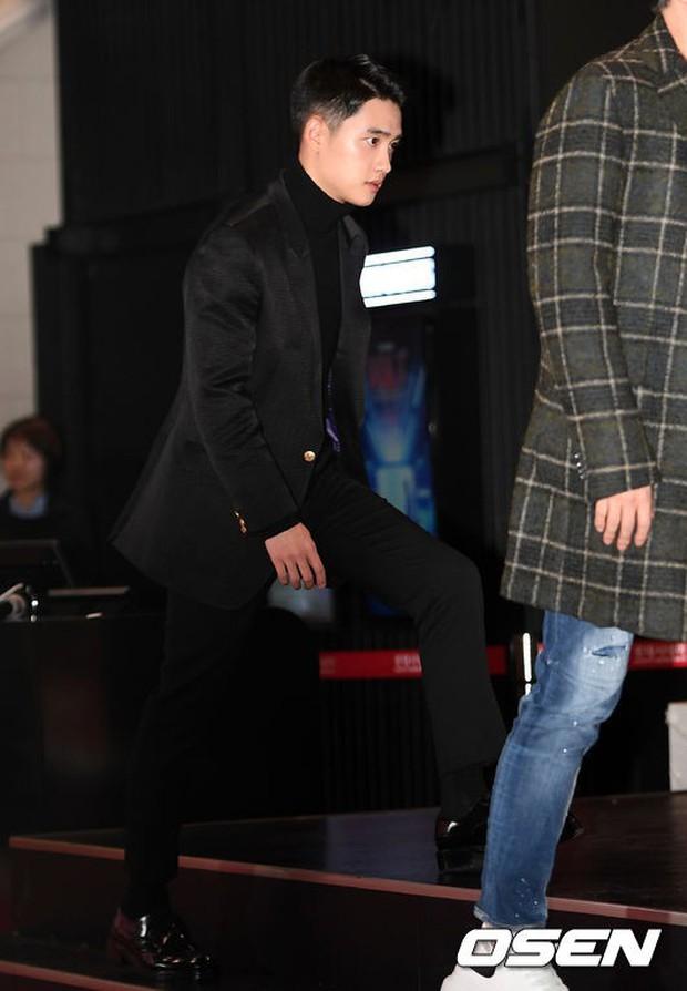 D.O. mời 40 sao Hàn đến sự kiện khủng: EXO và Lee Kwang Soo chiếm spotlight, Lee Sung Kyung đọ sắc với dàn mỹ nhân - Ảnh 4.