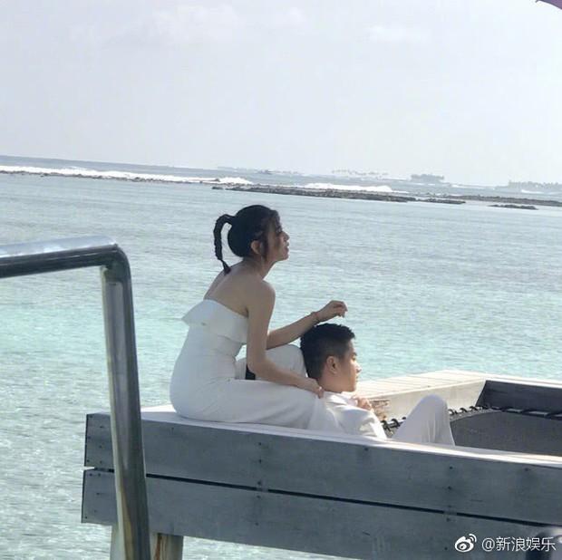 Ngọt ngào như gia đình Trần Hiểu - Trần Nghiên Hy: Hết chụp ảnh cưới lần 2, lại đưa cả nhà đi nghỉ dưỡng - Ảnh 2.