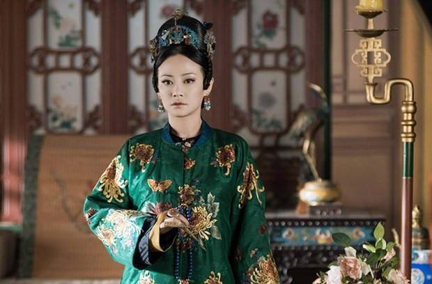 Sau Hậu Duệ Mặt Trời bản Việt, Cao Thái Hà tiến cung và giống y hệt... Cao Quí Phi? - Ảnh 3.