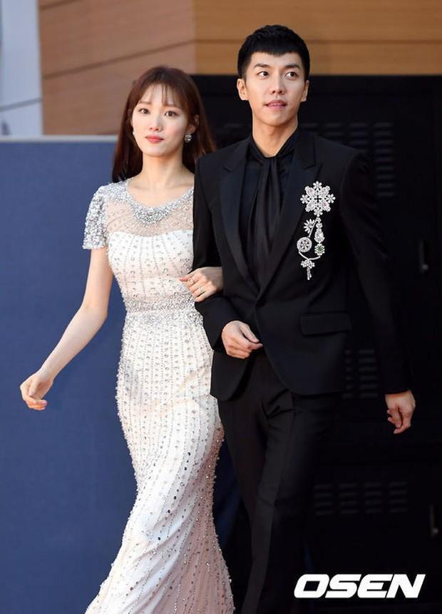 Choáng ngợp vì dàn host siêu khủng của 4 lễ trao giải Hàn cuối năm: MAMA mời bộ 3 tài tử, Park Min Young lộ diện - Ảnh 4.