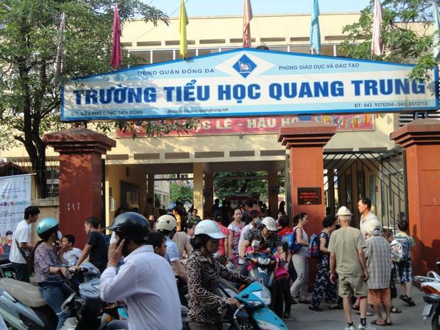 Chủ tịch Hội tâm lý Giáo dục Hà Nội nói về 2 vụ tát học sinh: Việc xin lỗi học trò sẽ làm nhân cách của thầy cô lớn hơn chứ không thấp đi - Ảnh 2.