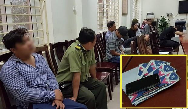 Bắt 1 nhân viên bảo vệ VFF phe vé Việt Nam vs Philippines: Cò vé khai cách kiếm lời khủng - Ảnh 1.
