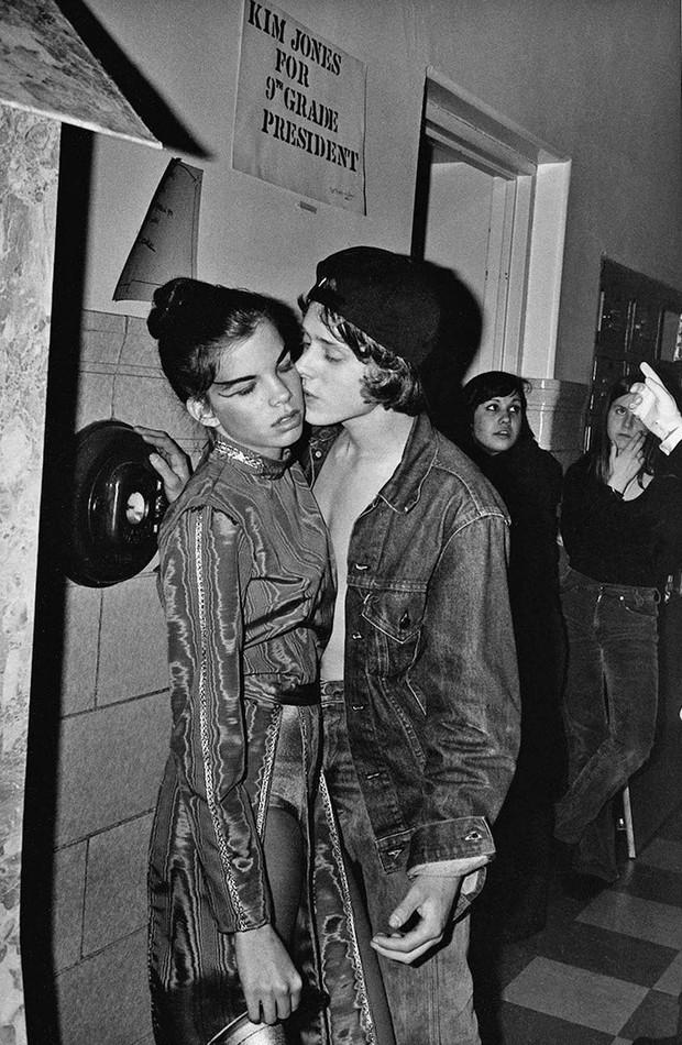 Bộ ảnh ăn chơi đầy chân thực của học sinh, sinh viên Mỹ thập niên 70 qua ống kính nhiếp ảnh gia nổi tiếng bậc nhất thế giới - Ảnh 11.