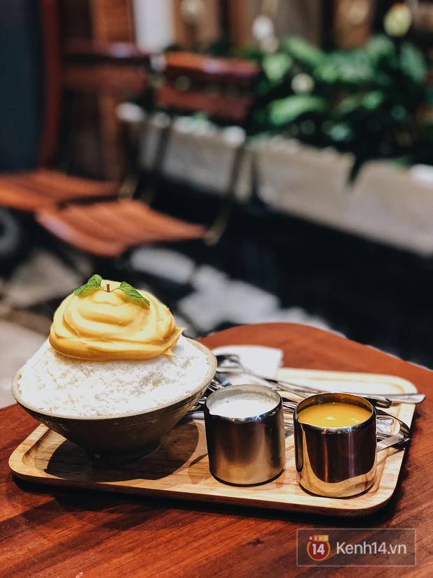 Tưởng chẳng ăn nhập nhưng 5 món nửa mặn nửa ngọt này ở Hà Nội lại khiến nhiều người thích thú - Ảnh 1.