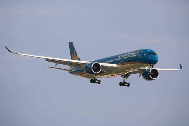 Vietnam Airlines tiếp tục tăng chuyến, đưa máy bay Airbus A350-900 chở cổ động viên sang Malaysia cổ vũ cho đội tuyển Việt Nam - Ảnh 1.