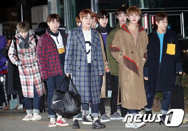 Dàn idol Kpop gây náo loạn tại Music Bank: Irene quá đẹp nhưng bị nữ idol làm lố lấn át, Wanna One, GOT7 đổ bộ - Ảnh 27.