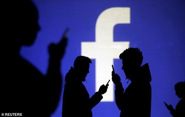 Facebook mất 10 tỷ USD vì những bí mật động trời: Đặt tiền bạc lên hàng đầu, lạm dụng quyền riêng tư - Ảnh 2.