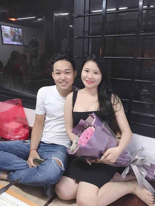 Cặp đôi hot nhất đêm qua bật mí nhiều chi tiết gây sốc gắn liền với những lần đi bão mừng đội tuyển Việt Nam - Ảnh 3.