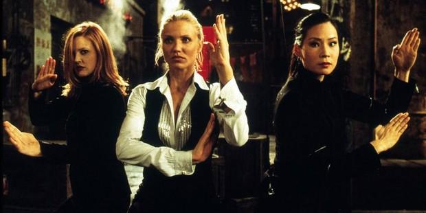 8 hội chị em bá đạo trên màn ảnh rộng Hollywood: Hết lập băng đảng đi cướp tới săn ma - Ảnh 3.