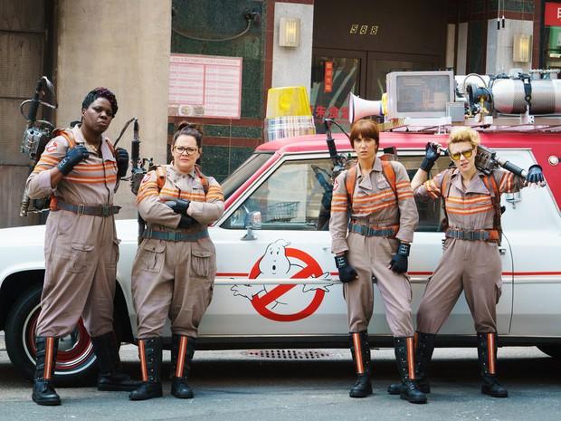 8 hội chị em bá đạo trên màn ảnh rộng Hollywood: Hết lập băng đảng đi cướp tới săn ma - Ảnh 6.