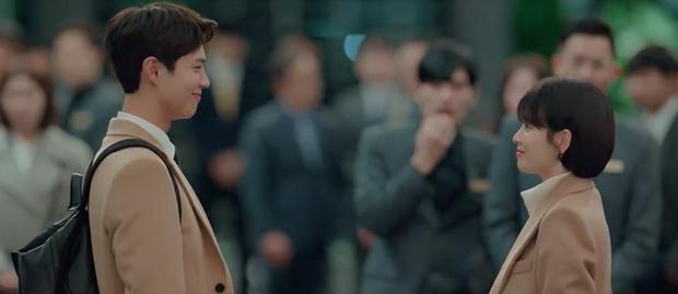 Phân cảnh lãng mạn nhất Encounter tuần này: Park Bo Gum giải cứu chị crush Song Hye Kyo bằng... mì ly ở cửa hàng tiện lợi - Ảnh 6.