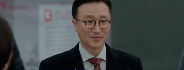 Phân cảnh lãng mạn nhất Encounter tuần này: Park Bo Gum giải cứu chị crush Song Hye Kyo bằng... mì ly ở cửa hàng tiện lợi - Ảnh 3.