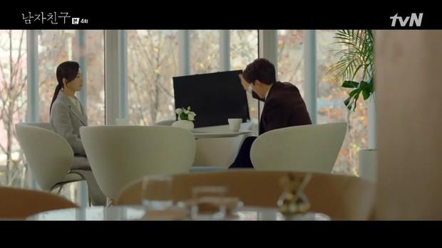Encounter tập 4: Chồng cũ Song Hye Kyo chua chát nhìn vợ hẹn hò với trai trẻ Park Bo Gum trong xe chở hàng - Ảnh 9.
