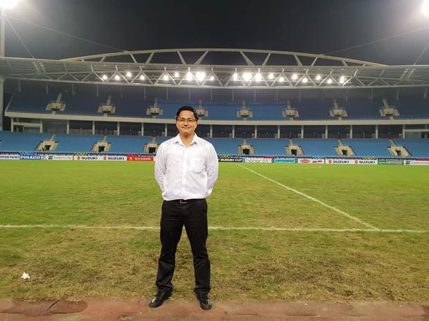 Người hiến kế di dời 40 quả cầu đá tin rằng tuyển Việt Nam sẽ nâng Cúp vô địch AFF - Ảnh 4.