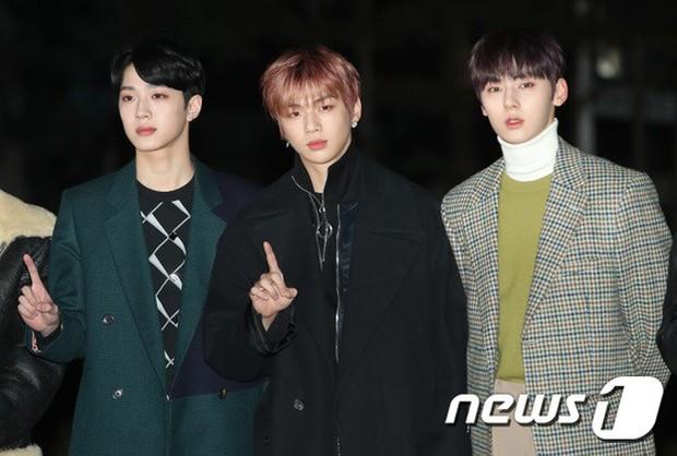 Dàn idol Kpop gây náo loạn tại Music Bank: Irene quá đẹp nhưng bị nữ idol làm lố lấn át, Wanna One, GOT7 đổ bộ - Ảnh 17.