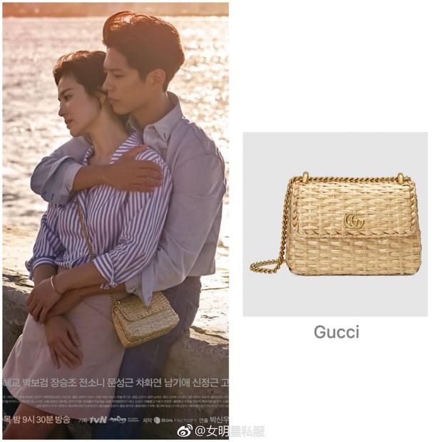 """Song Hye Kyo lại khiến dân tình choáng ngợp với """"kho"""" đồ hiệu, chỉ riêng túi đã hơn 1 tỷ đồng trong phim mới - Ảnh 12."""