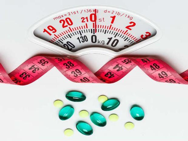 Thấy kinh nguyệt có màu hồng nhạt là dấu hiệu cảnh báo sức khỏe của bạn đang gặp những vấn đề sau - Ảnh 3.