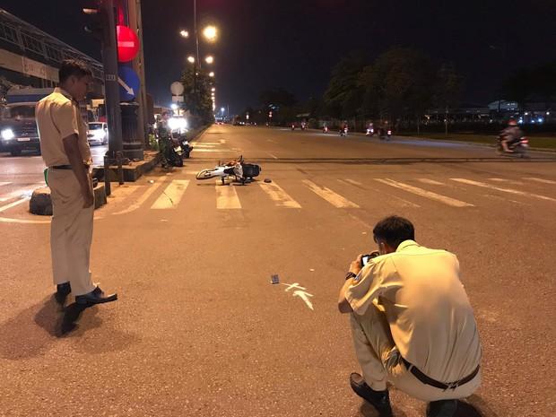 """Tìm thấy xe cấp cứu ở Sài Gòn chở người bị thương sau tai nạn rồi """"mất tích"""" và sự thật bất ngờ - Ảnh 1."""