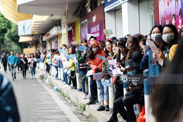Soobin, Bích Phương và loạt sao Việt cháy hết mình diễn tập cho đêm diễn Yêu.Tin.Hành động - Ảnh 21.