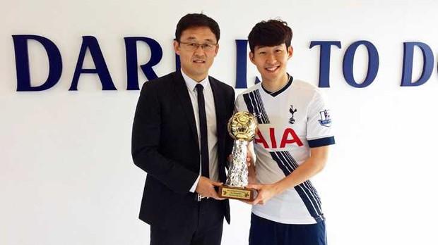Lần đầu tiên trong lịch sử, một cầu thủ Việt Nam trở thành ứng viên của giải Cầu thủ hay nhất châu Á - Ảnh 2.
