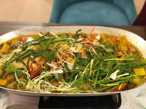 Ở Hà Nội thì ngoài lẩu, trời lạnh người ta còn kéo nhau đi ăn loạt món này này - Ảnh 2.
