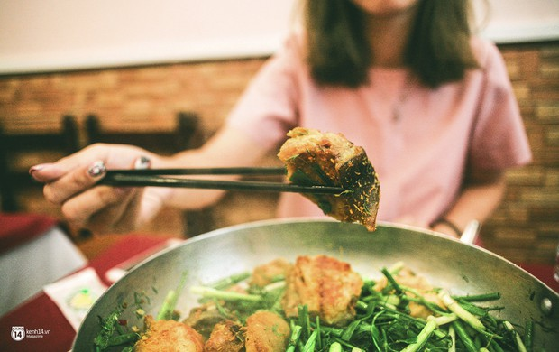Ở Hà Nội thì ngoài lẩu, trời lạnh người ta còn kéo nhau đi ăn loạt món này này - Ảnh 10.