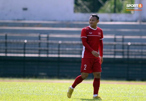 Đội tuyển Việt Nam chia nửa vui, buồn trong buổi tập đầu tiên trên đất Malaysia - Ảnh 4.