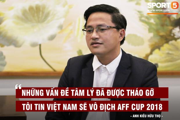 Người hiến kế di dời 40 quả cầu đá tin rằng tuyển Việt Nam sẽ nâng Cúp vô địch AFF - Ảnh 2.