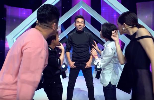 Đoán tuổi như ý: Hương Giang và Bích Phương phiên bản lỗi giành chiến thắng áp đảo - Ảnh 3.
