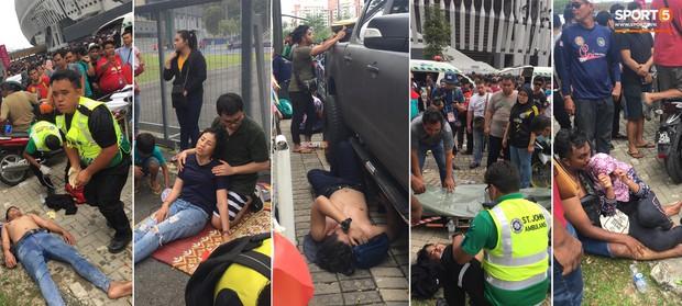 Từ Việt Nam đến Malaysia: Để có vé xem AFF Cup phải đánh đổi bằng cả máu và nước mắt - Ảnh 1.