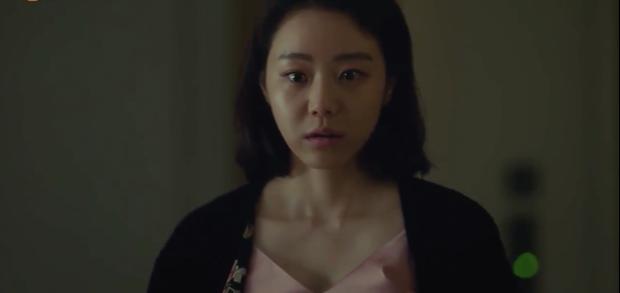 Khán giả hoang mang về cái chết khó hiểu của đối thủ Hyun Bin trong Hồi ức Alhambra - Ảnh 5.