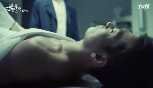 Đối thủ của Hyun Bin vừa chết đi đã sống lại trong Hồi ức Alhambra - Ảnh 1.
