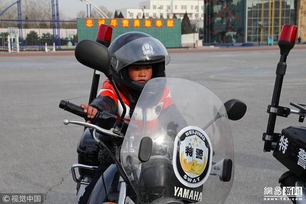 Câu chuyện cậu bé đầu băng lay động cả tỷ phú Jack Ma, thôi thúc ông làm nhiều hơn cho trẻ em Trung Quốc - Ảnh 4.
