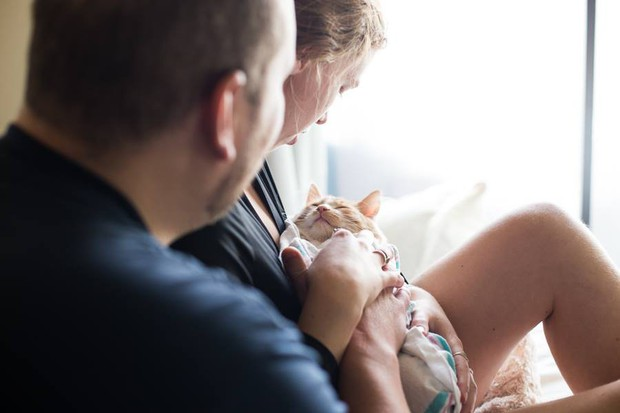 Cặp vợ chồng trẻ gây bão mạng xã hội vì bộ ảnh hạ sinh ra mèo - Ảnh 9.