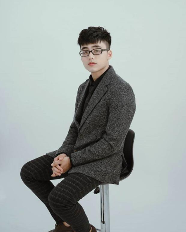 Mới lớp 12 mà cậu em điển trai của Sơn Tùng đã có tố chất hotboy lắm rồi! - Ảnh 15.
