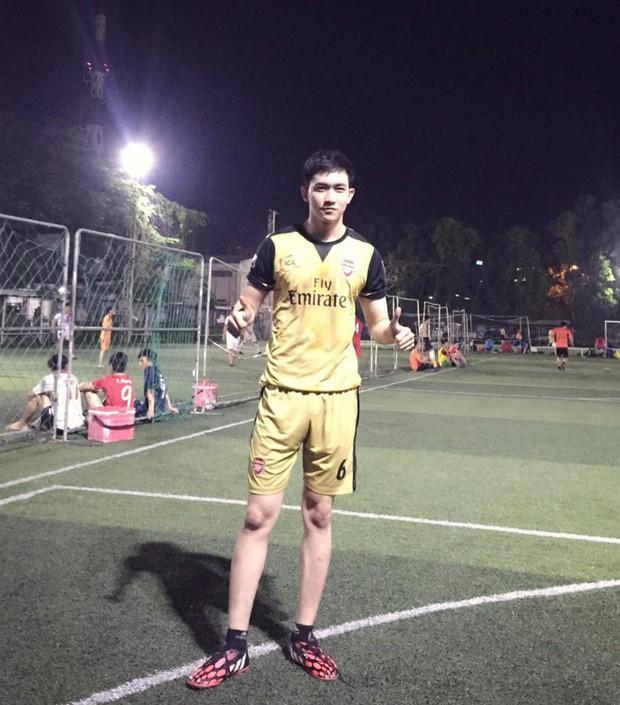 U23 có dàn cầu thủ đẹp trai như hot boy, còn đây là khi hot boy Việt mặc quần đùi áo số! - Ảnh 10.