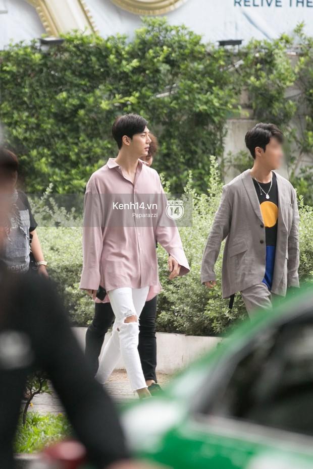 Chi Pu thân thiết, đi ăn tối cùng nữ thần Kpop Jung Chae Yeon và bạn trai tin đồn Jin Ju Hyung - Ảnh 5.
