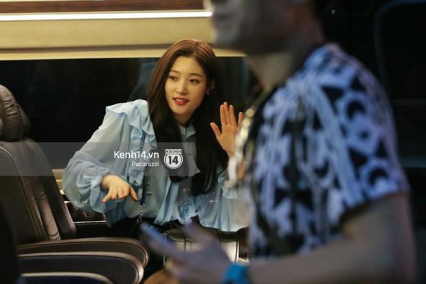Chi Pu thân thiết, đi ăn tối cùng nữ thần Kpop Jung Chae Yeon và bạn trai tin đồn Jin Ju Hyung - Ảnh 18.