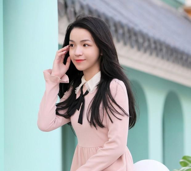 Chân dung bạn gái cực xinh của Phan Hoàng - em trai thiếu gia Phan Thành - Ảnh 7.