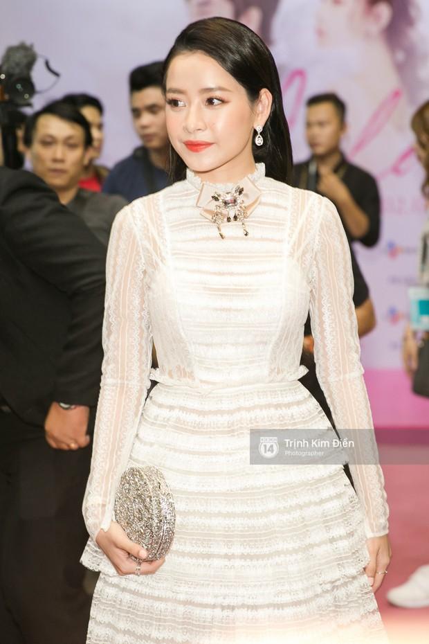 """Chi Pu tự tin đọ sắc """"nữ thần thế hệ mới"""" Chae Yeon, lạnh lùng với """"người yêu tin đồn"""" ngay buổi ra mắt phim - Ảnh 11."""