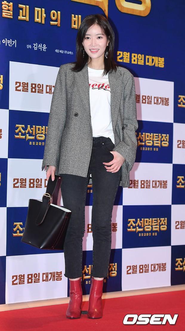 Nữ thần Hậu duệ mặt trời bê cả nửa showbiz đến dự: Song Ji Hyo đánh bật loạt mỹ nhân, Bi Rain dẫn đầu dàn tài tử - Ảnh 30.