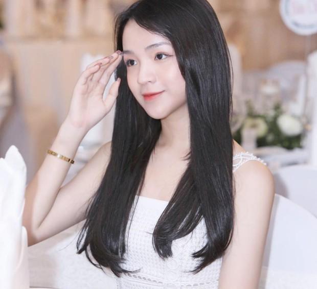Chân dung bạn gái cực xinh của Phan Hoàng - em trai thiếu gia Phan Thành - Ảnh 4.