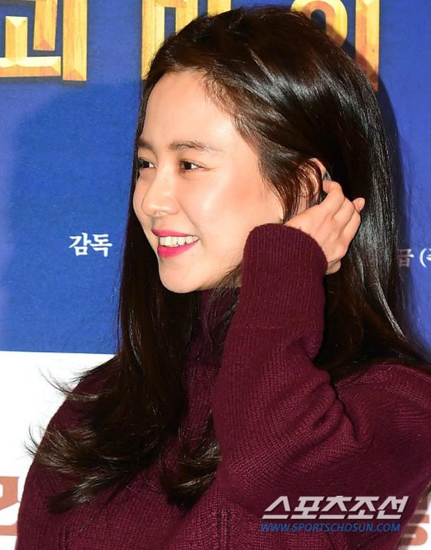 Nữ thần Hậu duệ mặt trời bê cả nửa showbiz đến dự: Song Ji Hyo đánh bật loạt mỹ nhân, Bi Rain dẫn đầu dàn tài tử - Ảnh 8.