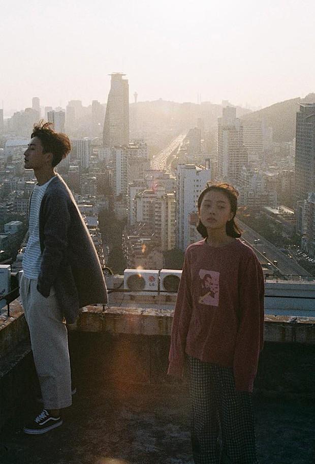 Thêm một bộ ảnh couple chụp bằng máy film tình đến từng khoảnh khắc - Ảnh 11.