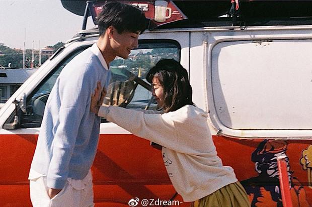 Thêm một bộ ảnh couple chụp bằng máy film tình đến từng khoảnh khắc - Ảnh 5.