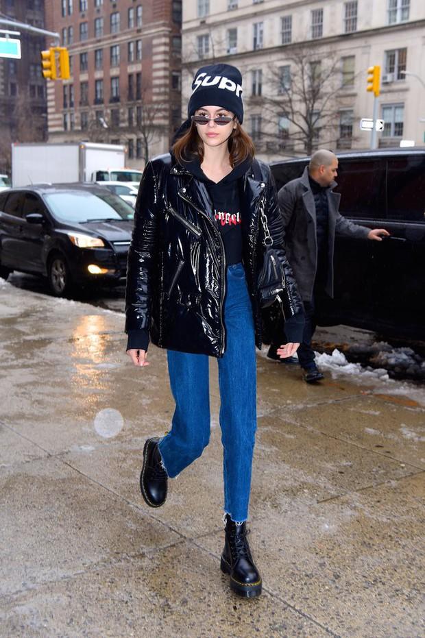 Tiếp tục đắt show tại New York Fashion Week 2018, Kaia Gerber thực sự đã làm nên chuyện ở tuổi 16 - Ảnh 3.